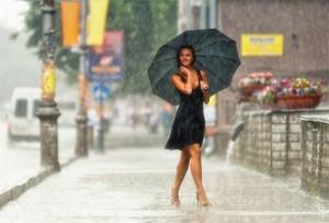 что одеть +в дождь