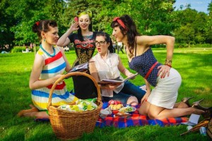 как одеться +на пикник летом (девушке)