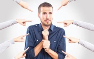 как реагировать +на критику +в +свой адрес