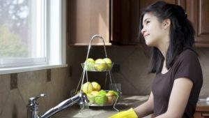 как помочь маме по дому
